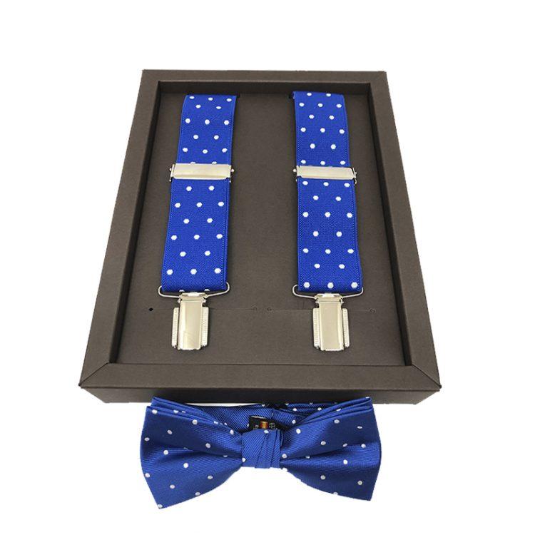 conjunto tirantes y pajarita azul con lunares blancos